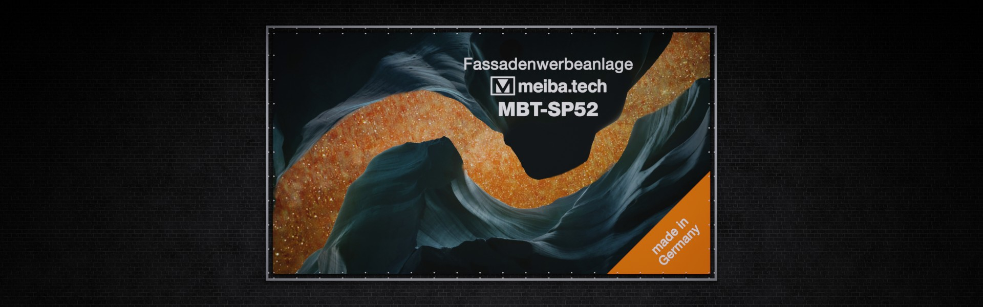 MBT-SP52: Modular advertising system for the attachment of facade advertising, front view