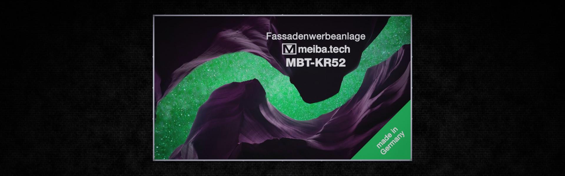 Werbeanlage MBT-KR52 für langfristige Bannerwerbung an Fassaden, Frontansicht