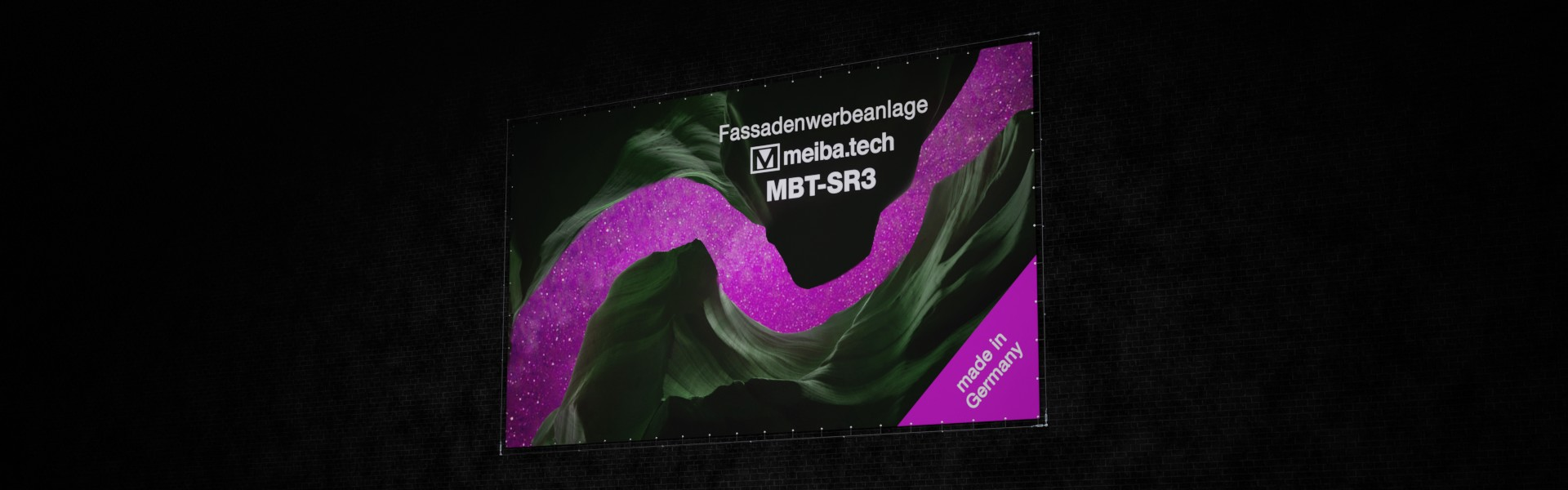MBT-SR3: Inexpensive façade advertising, right view